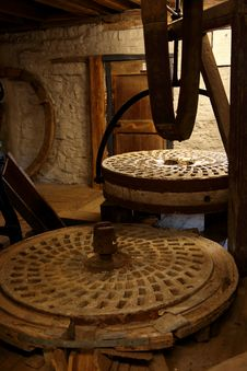 Free The Heart Of An Old Watermill Stock Photography - 16597652
