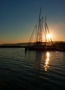 Free Beautiful Sunset Royalty Free Stock Photo - 16598405
