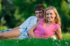 Free A Couple Relaxing In The Park, Royalty Free Stock Photography - 16599427