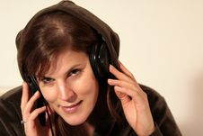 Free Female Dj With Hoddie Royalty Free Stock Photos - 1668148