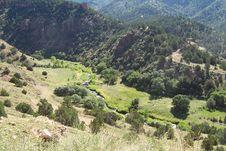 Free Distant Mountain Road Royalty Free Stock Photos - 1669458