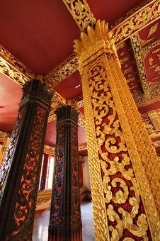Free Pillars Of Wat Mai In Luang Prabang, Laos Royalty Free Stock Photo - 16601395