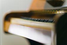 Free Wooden Upright Piano Keys Stock Photos - 16608733