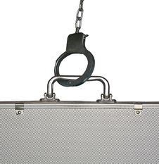 Free Handcuffs And Suitcase Royalty Free Stock Photography - 16609877