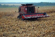 Free Combain Harvesting Corn Stock Photos - 16612153