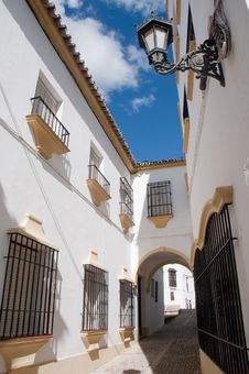 Free Street Of Ronda Royalty Free Stock Photos - 16612848