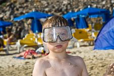 Free Child, Boy With Diving Goggles At The Beach Royalty Free Stock Photos - 16613788
