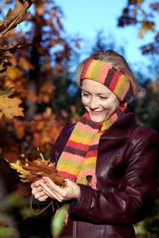 Free Young Woman In Autumn Park Stock Photo - 16614100