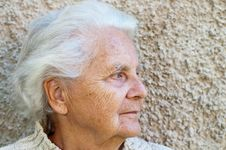 Free Portrait Of A Senior Woman Stock Image - 16617101