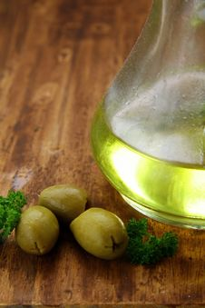 Olive Oil And Green Olives Royalty Free Stock Image