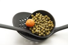 Free Ladle With Peas Royalty Free Stock Images - 16629879