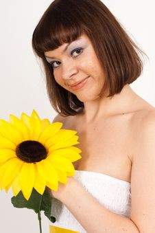 Free Girl With Sunflower Royalty Free Stock Photography - 16631737