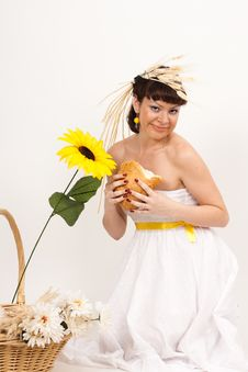 Free Girl With Bread, Sunflower And Ears Of Wheat Stock Photography - 16631832