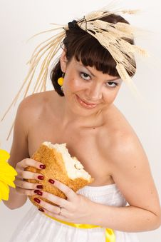 Free Girl With Bread And Ears Of Wheat Royalty Free Stock Image - 16631836
