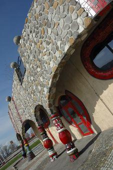 Free Hundertwasser House Royalty Free Stock Photo - 16633995