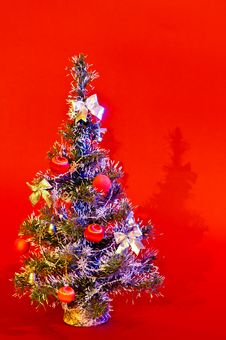 Free Christmas Tree Royalty Free Stock Photography - 16634107