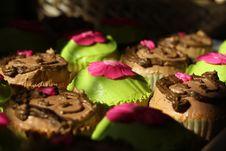 Free Birthday Monkey Cupcake Royalty Free Stock Images - 16634629
