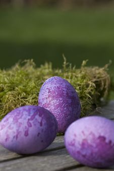 Free Three Purple Eggs Lying On A Table Royalty Free Stock Photos - 16638258