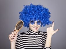 Free Coquette Blue-hair Girl With Comb. Stock Image - 16639621