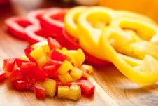 Free Red And Yellow Peppers Royalty Free Stock Photo - 16641665