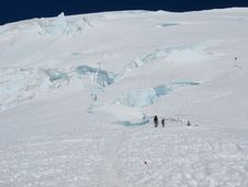 Free Mount Rainier Heading To The Summit Royalty Free Stock Photo - 16645295