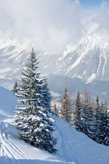 Free Mountains Under Snow. Schladming . Austria Royalty Free Stock Photography - 16645327