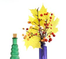 Free Autumn Bouquet Of Branches With Small Apples Stock Photography - 16647282