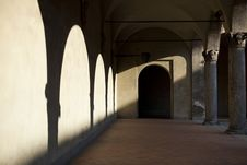 Arches In Shadow In Milan Royalty Free Stock Photos