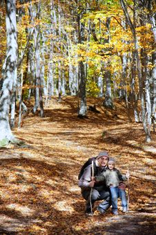 Free Father And Son In Forest Royalty Free Stock Images - 16649889