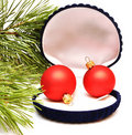Free Christmas Balls In Small Box For A Gift Royalty Free Stock Photos - 16652418