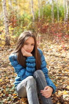 Free Teenager Girl In The Autumn Forest Stock Photo - 16653170
