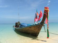 Free The Sunny Beach And Boat Royalty Free Stock Photos - 16653258