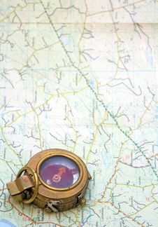 Free Compass And Map Royalty Free Stock Photo - 16655665