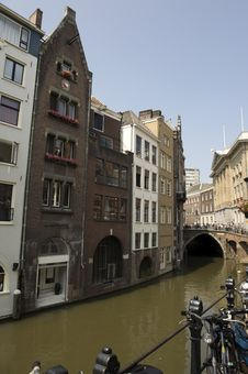 Free Typical Amsterdam Canals Views Stock Images - 16655894