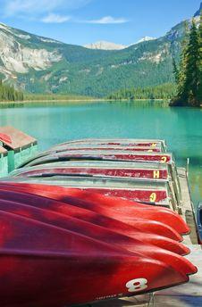 Free Emerald_lake_dock Royalty Free Stock Photo - 16656575