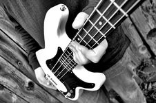 Free Guitar In Hand Stock Photography - 16661982