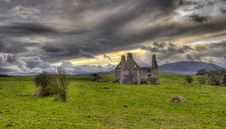 Free Old Castle In A Field Royalty Free Stock Photos - 16662448