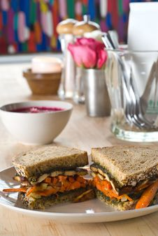 Free Carrot And Tofu Sandwich Royalty Free Stock Photography - 16662717