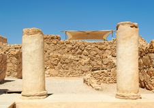 Free Ruins Of Ancient Colonnade Royalty Free Stock Photos - 16664018