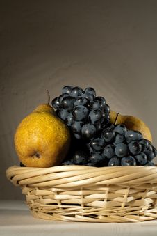 Free Fresh Tasty Fruit In The Bast Basket Royalty Free Stock Photo - 16664615