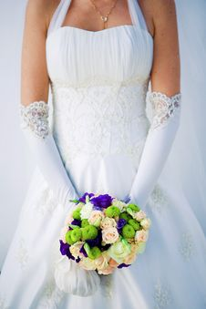 Free Bridal Bouquet And Dress Stock Photo - 16669000