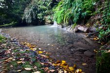 Free A Small Lake With A Waterfall In Autumn Stock Photography - 16670052