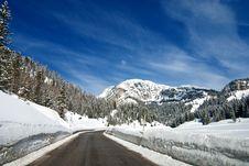 Free Snow On The Dolomites Mountains, Italy Royalty Free Stock Photos - 16670258