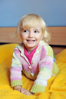 Free Little Girl Royalty Free Stock Images - 16671679