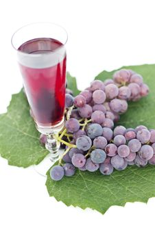 Free Red Wine And Grapes Royalty Free Stock Photography - 16672127