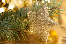 Free Golden Christmas Star Stock Photos - 16672313