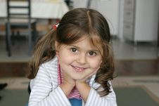 Free Little Girl Smiling Royalty Free Stock Images - 16672899