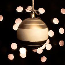 Free Christmas Ball Royalty Free Stock Photo - 16674445