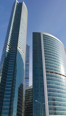 Free Office Buildings Against The Blue Sky Royalty Free Stock Photo - 16675525