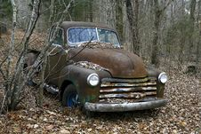 Free Abandoned Pickup In The Woods Royalty Free Stock Photos - 16676278